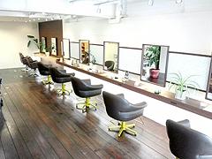 美容の仕事が好きで、お客様と共に仕事を楽しくできるサロンです。