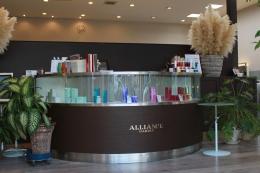 半田市でオープンして13年。本気でお客様の美と健康に取り組んでいます。アシスタントからお客様との信頼関係を築けます。