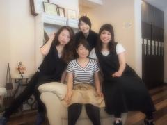 2010年社員旅行inバリ(夕日が綺麗なオーシャンビューをバックに!)